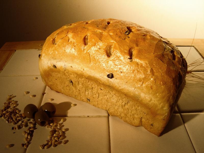 Olivás kenyér (0,4 kg)