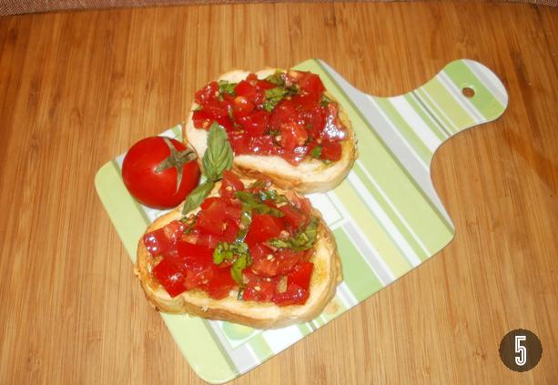 Bruschetta óriás kiflivel recept